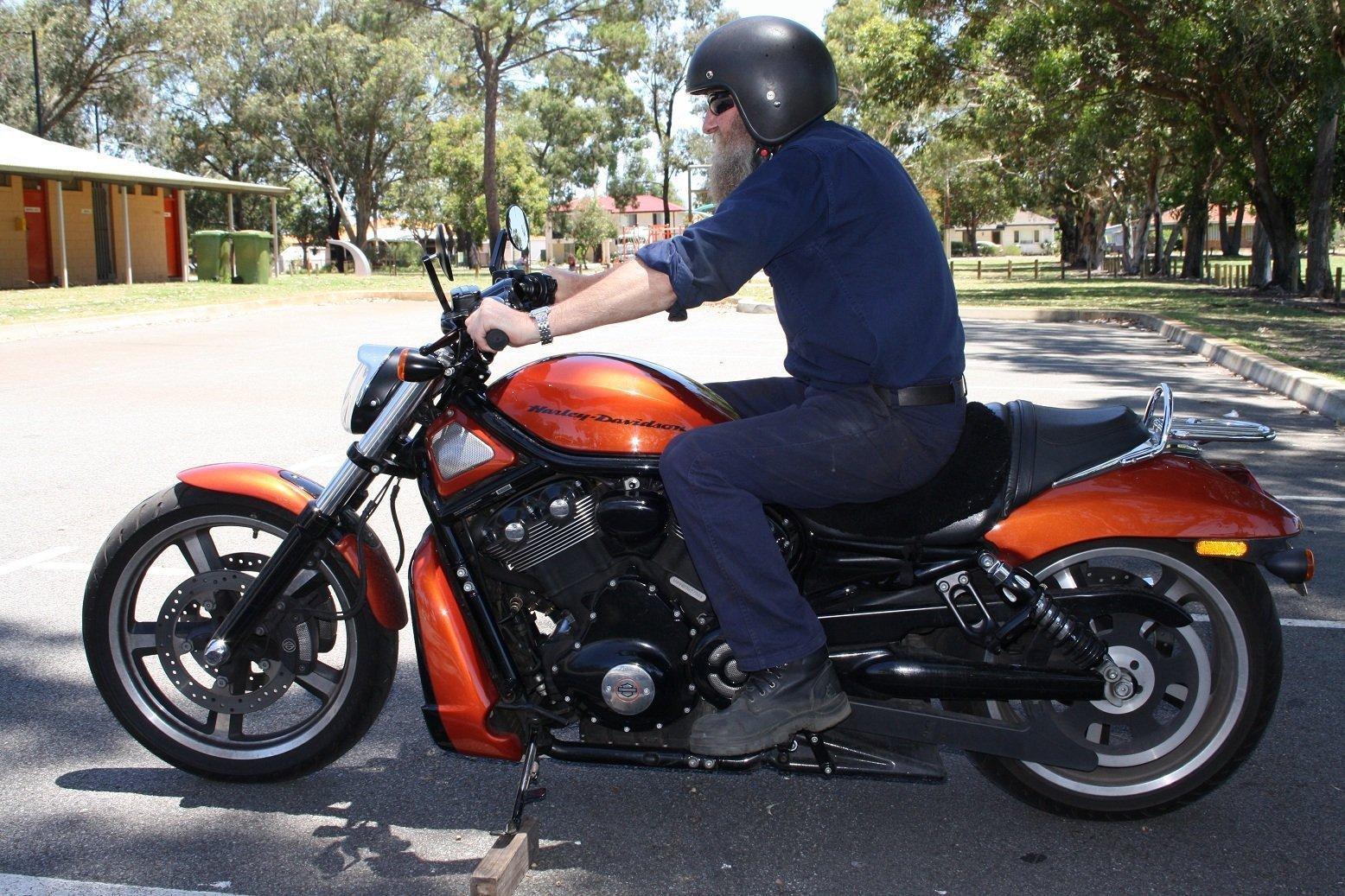 Fitting My Midmounts Vrscdx Harley Davidson V Rod Forum