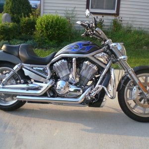 knightenforcer's v-rod
