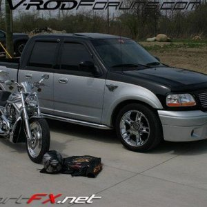 TOAD\'S TRUCK AND V-ROD